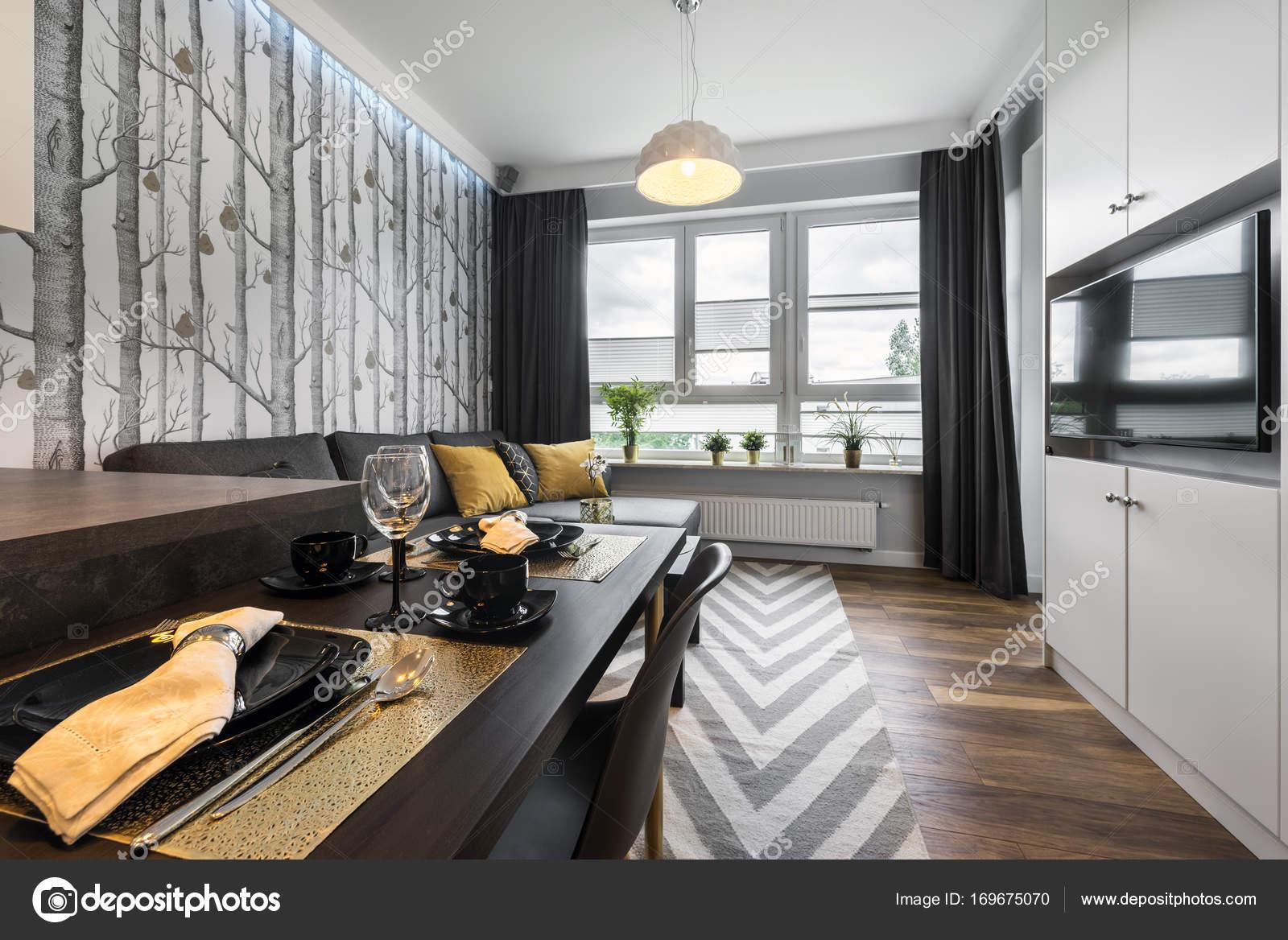 Piccolo soggiorno arredamento moderno — Foto Stock © jacek_kadaj ...