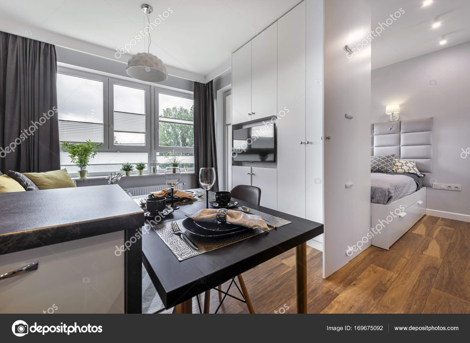 Modern interieur met slaapkamer — Stockfoto © jacek_kadaj #169675092