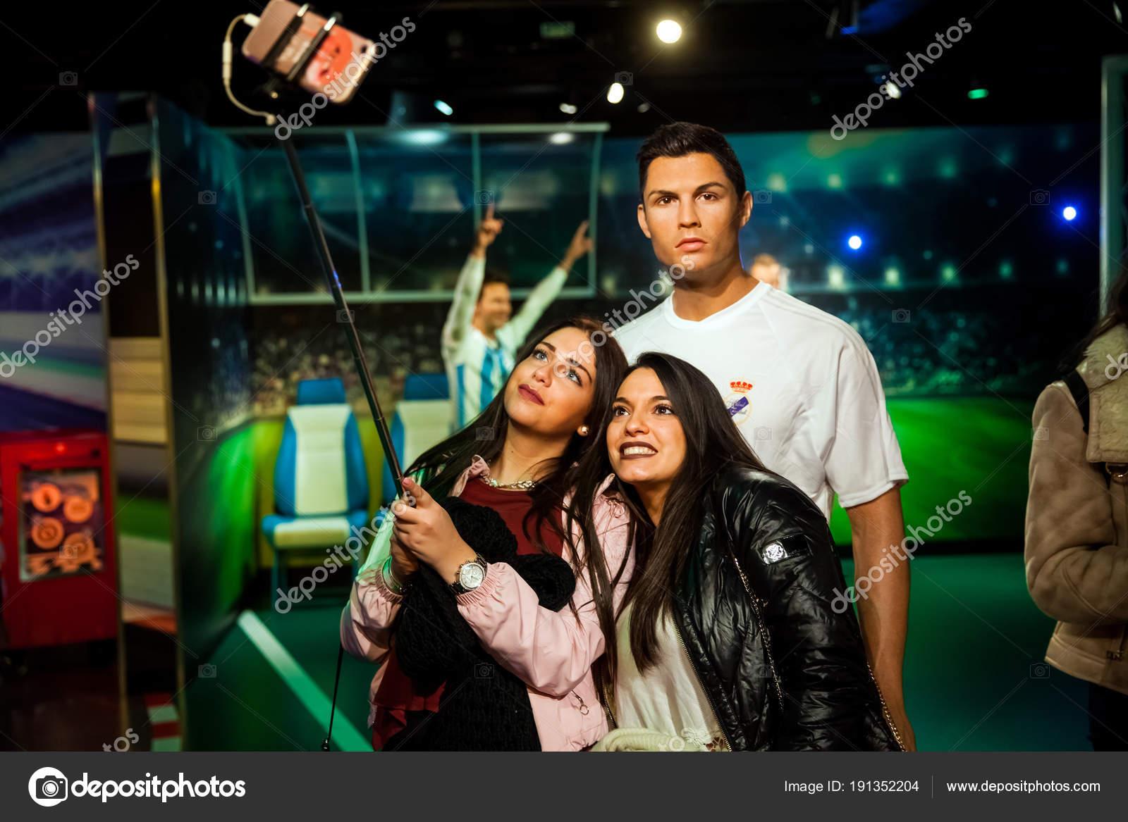 Museo Delle Cere Amsterdam.Wax Figure Of Cristiano Ronaldo Soccer Player In Madame Tussauds Wax
