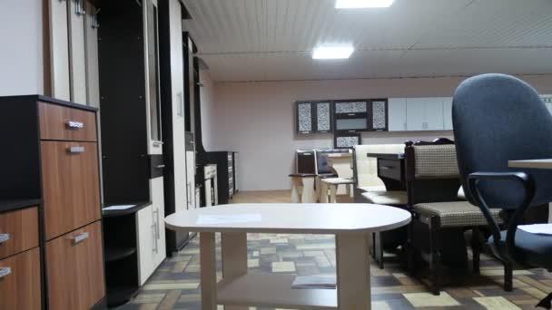Obchod dobré prádelník stolový nábytek pro dům celkový pohled