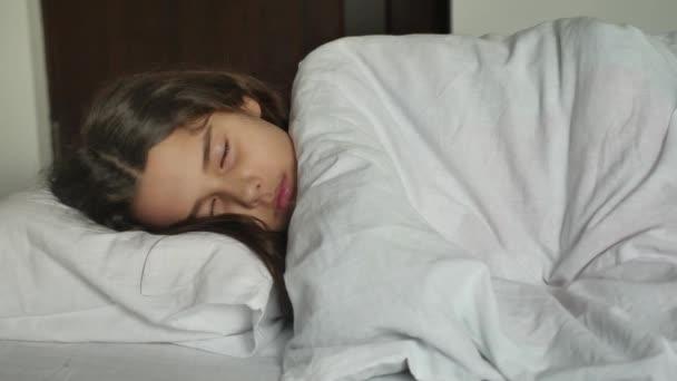 Resultado de imagen para niña dormida
