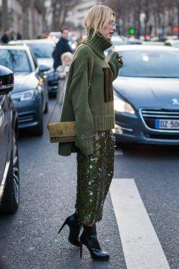 Hailey Baldwin during the Paris Fashion Week