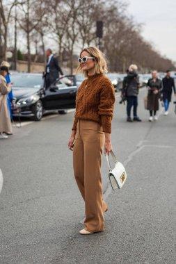 Anne-Laure Mais at Dior Fall/Winter 2018 show