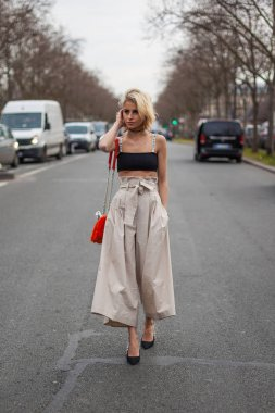 Caroline Daur at Dior Fall/Winter 2018 show