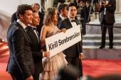 Cannes, Francie - 9. května 2018: Herci znakem uvolnit ředitel Kirill Serebrennikov účastní 71 roční filmovém festivalu v Cannes
