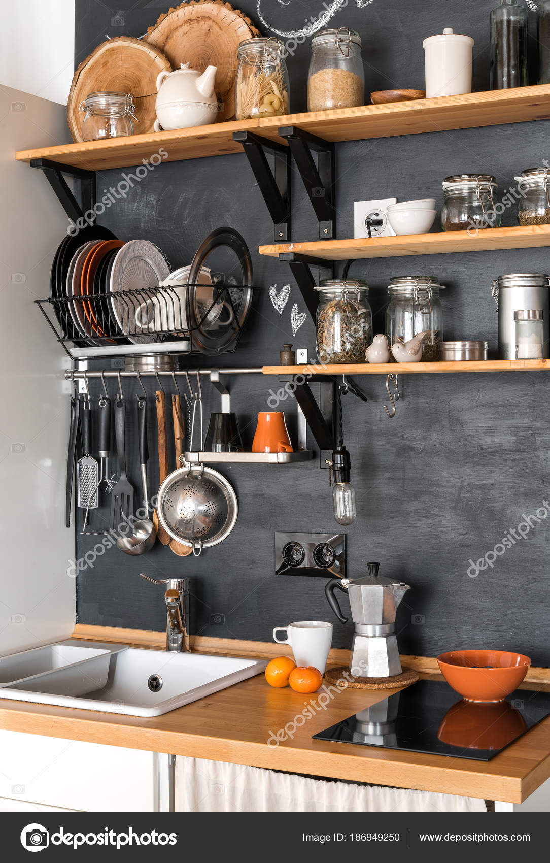 Design moderne Küche im Loft und rustikalen Stil — Stockfoto ...