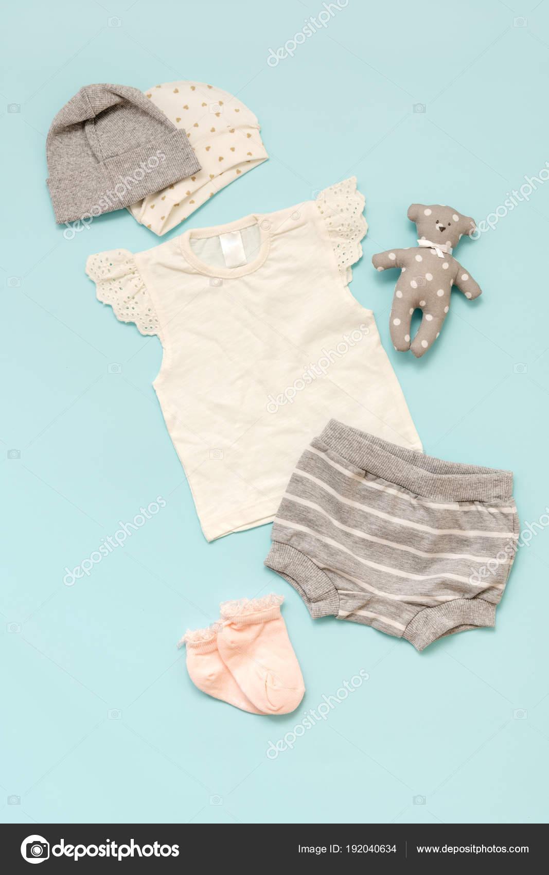 972c5a29b7a Σετ Παιδικά Ρούχα Μπλε Φόντο Για Κορίτσι Ένα Shirt Σορτς — Φωτογραφία  Αρχείου
