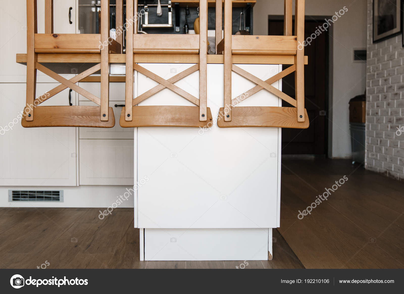 Sillas Invertidos Están Sobre Mesa Cocina Concepto Preparación ...
