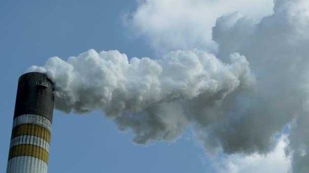 Industrielle Rauch schließen stapeln