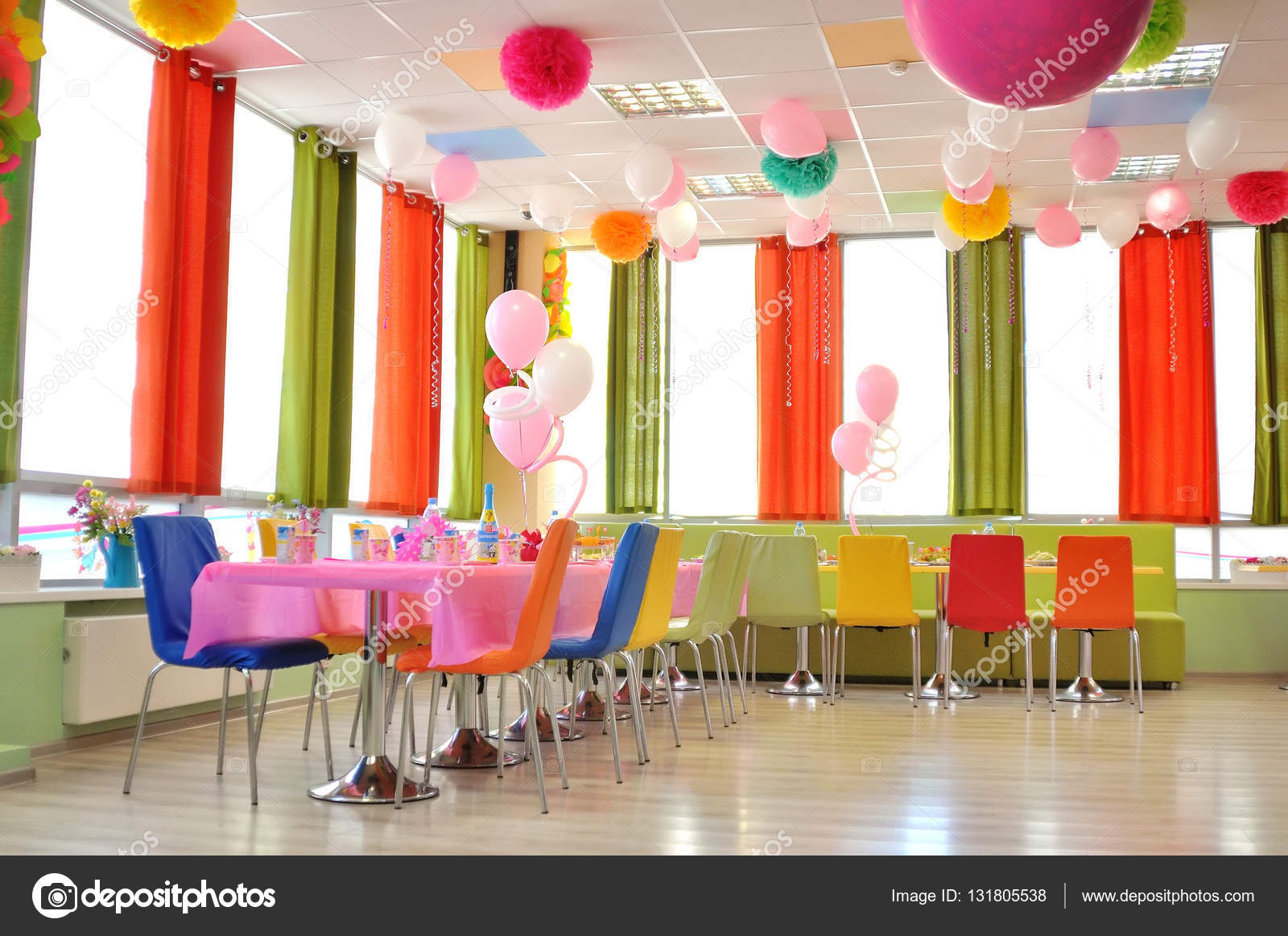 Moderne und einfache cafe interior — Stockfoto © alena0509 #131805538