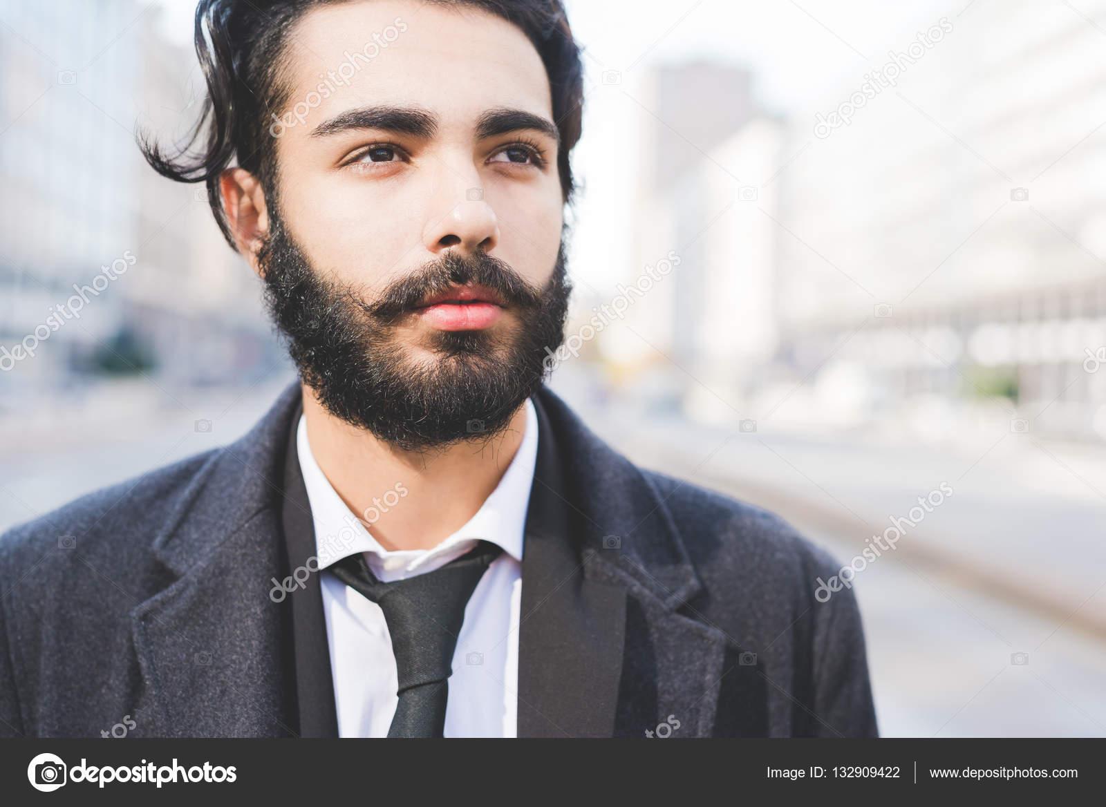 Imágenes Hombres Normales Guapos Barbudo Hombre De Negocios