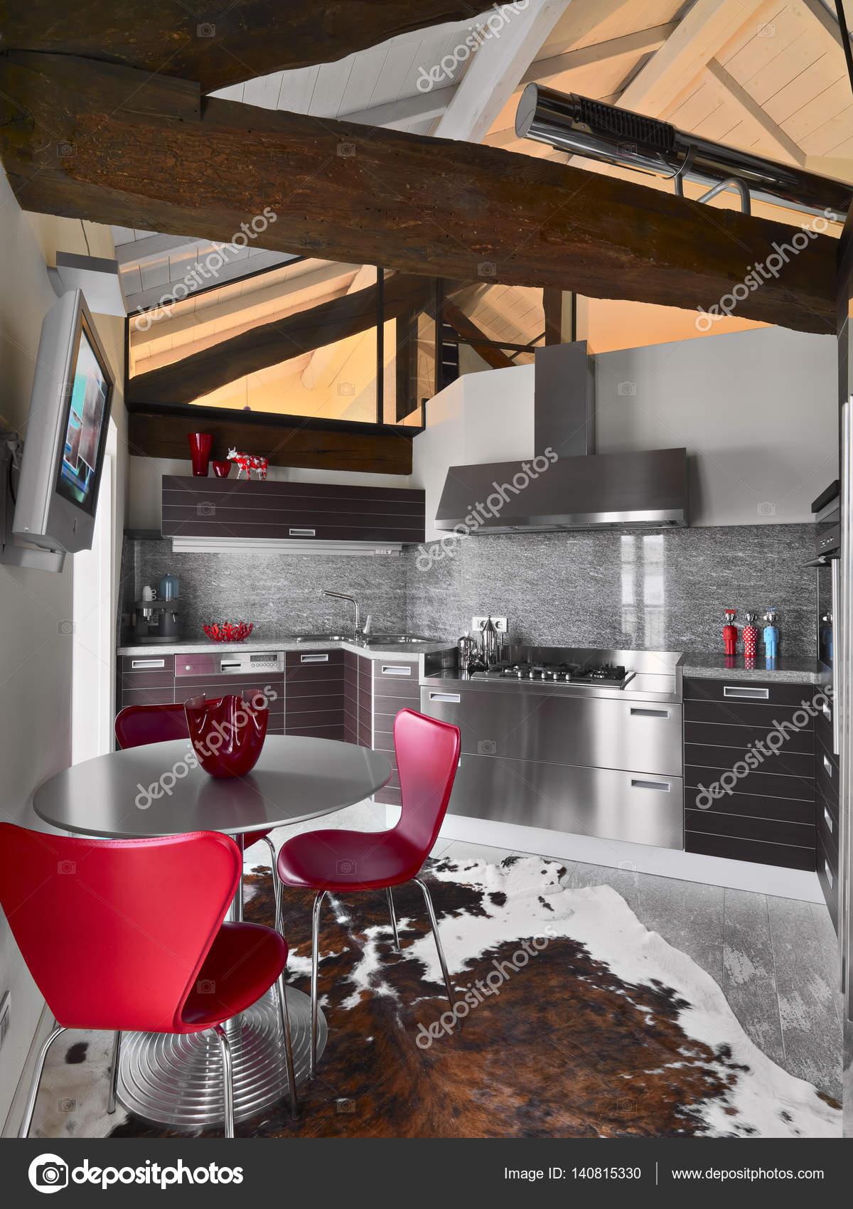 Vista Interior De Uma Cozinha Moderna Stock Photo Aaphotograph