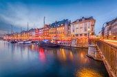 Fotografie Copenhagen, Denmark Canal Skyline