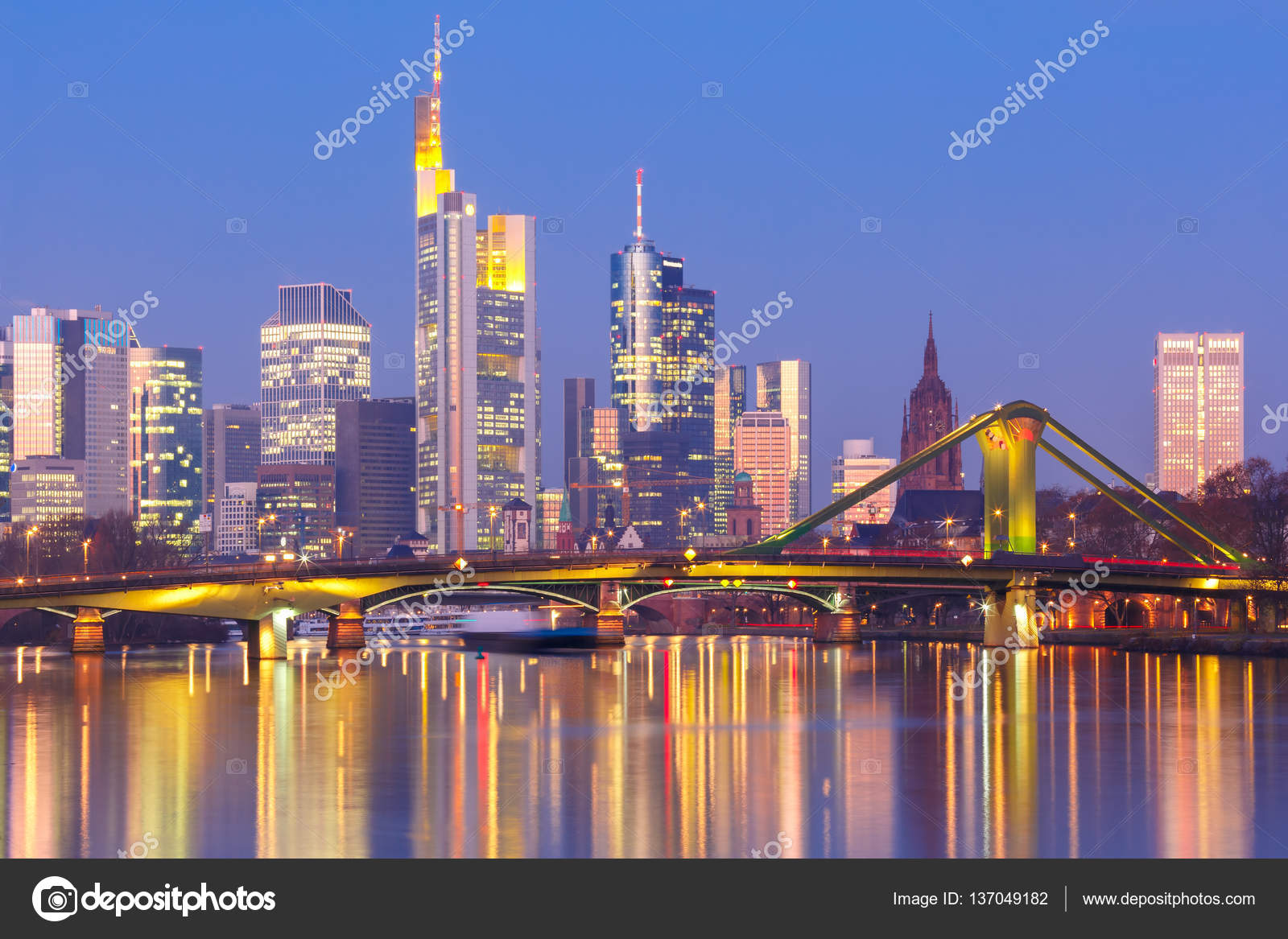 Morgen Frankfurt frankfurt am am morgen deutschland stockfoto olgacov