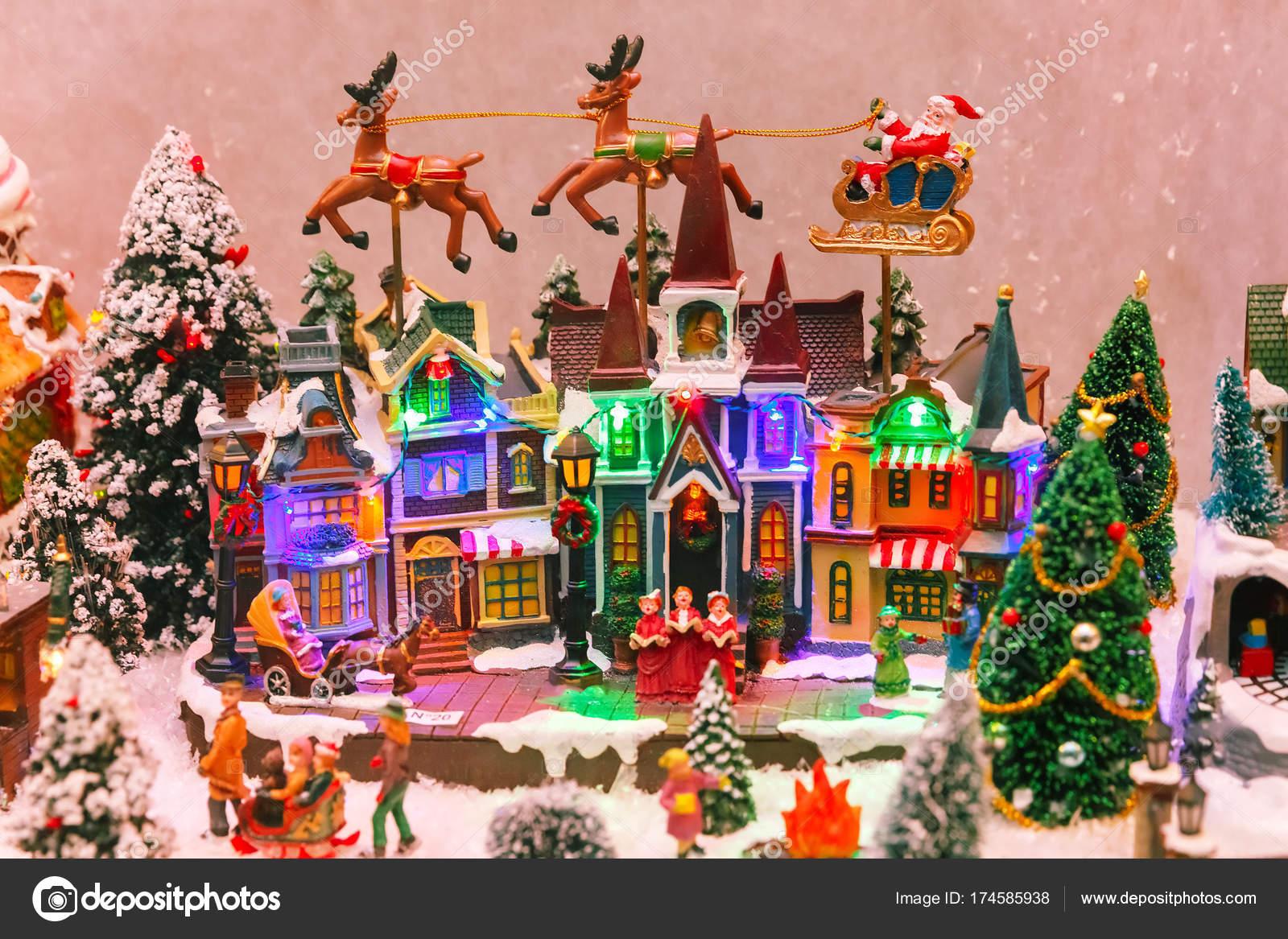 Weihnachts-Szene auf die Schaufenster — Stockfoto © olgacov #174585938