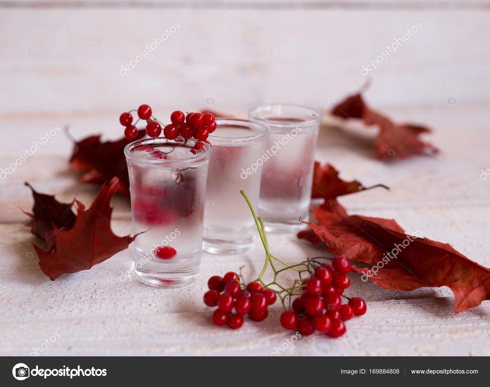 коктейль из водки и ягод