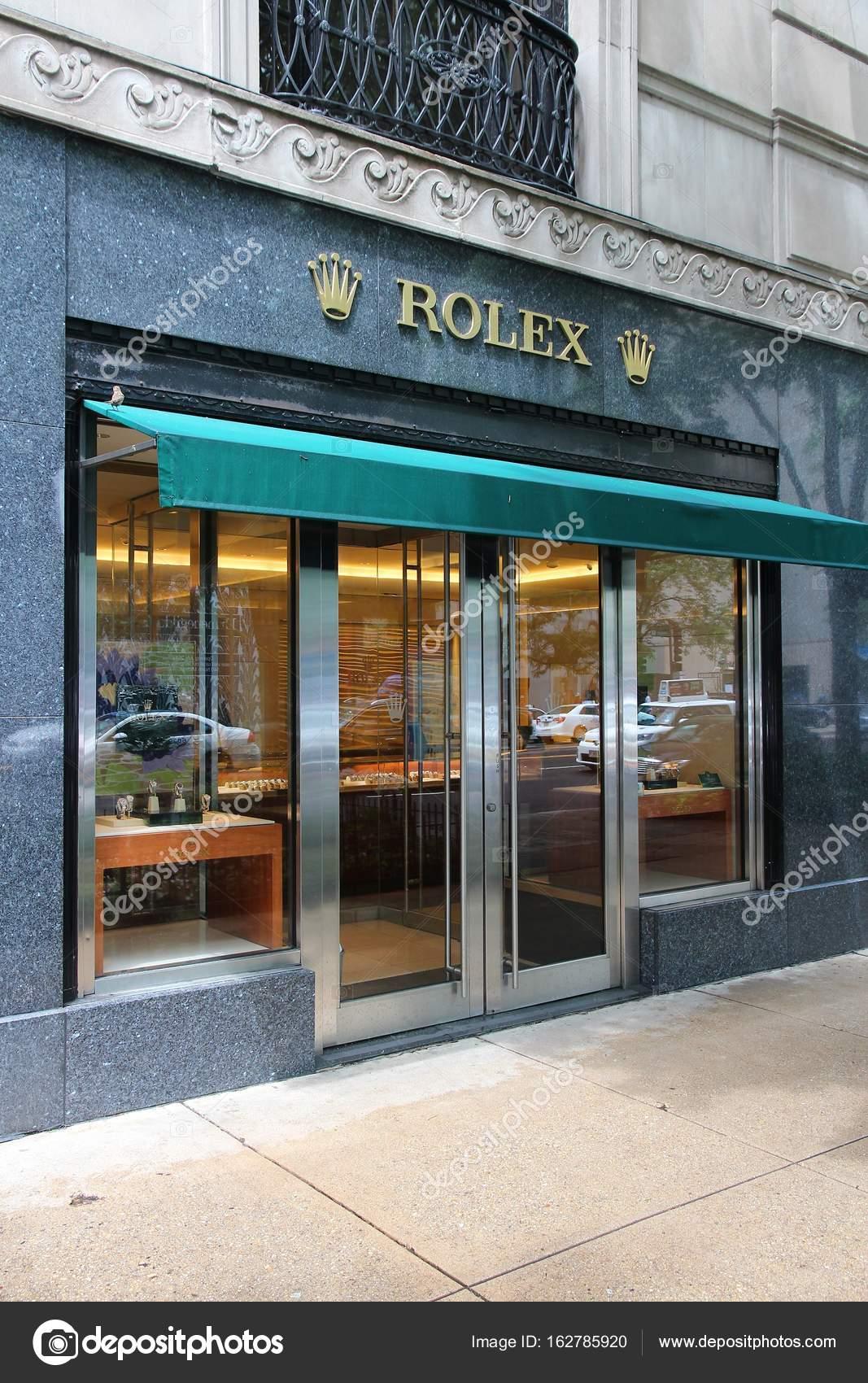 94c07c8107cb80 Chicago, Usa - 26 giugno 2013: Negozio Rolex orologio al Magnificent Mile di  Chicago. Magnificent Mile è uno dei quartieri commerciali più prestigiosi  negli ...