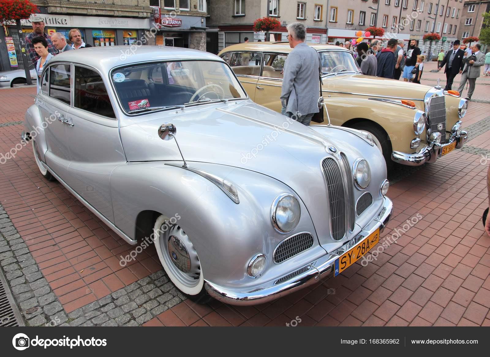 Oldtimer Bmw In Poland Stock Editorial Photo C Tupungato 168365962