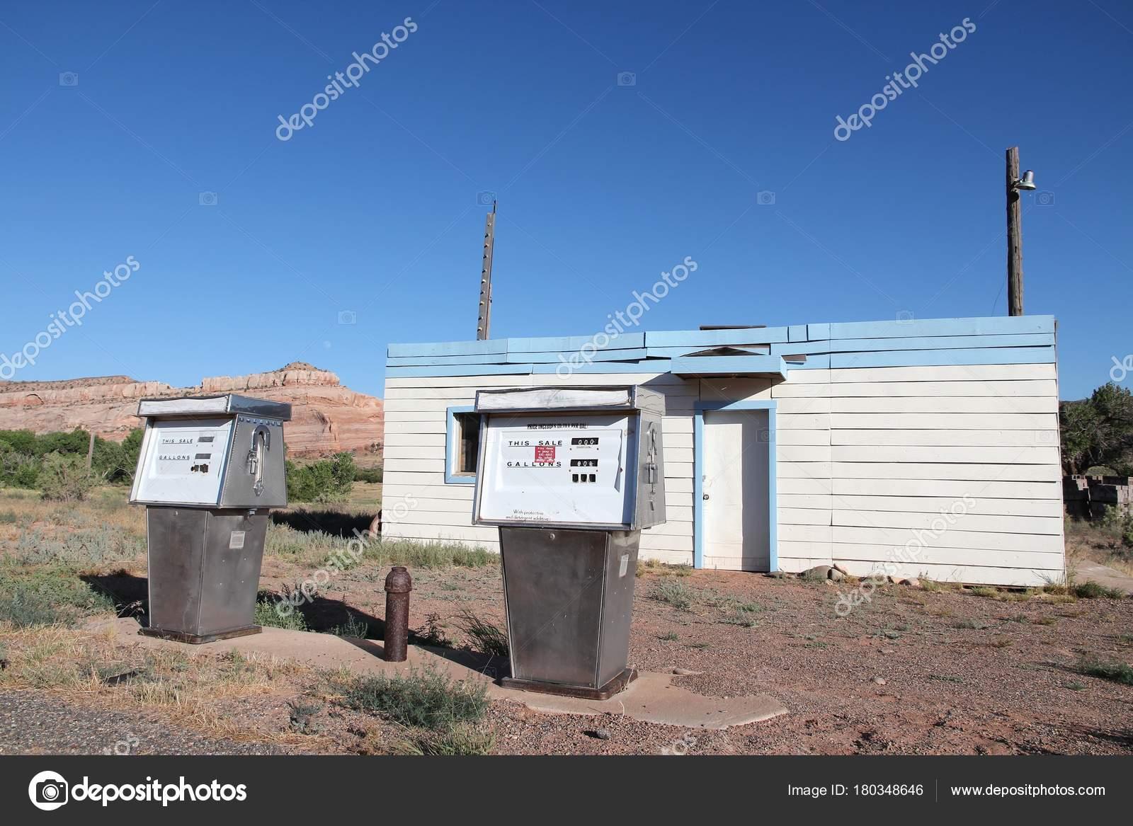 Abandoned Gas Station Stock Editorial Photo C Tupungato 180348646