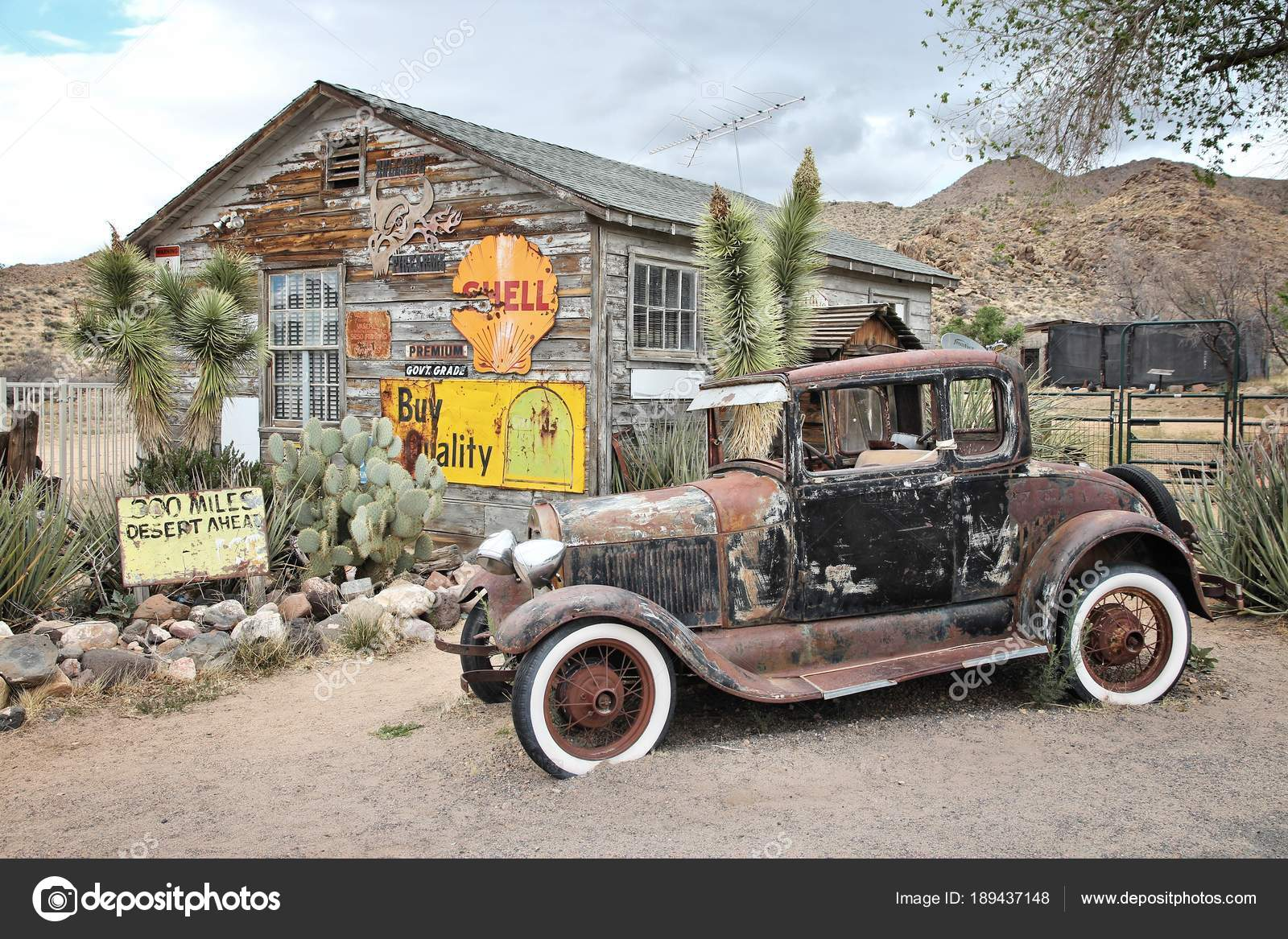 Old Gas Station Stock Editorial Photo C Tupungato 189437148