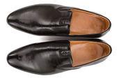 Klasický mužský černé boty, izolované na bílém pozadí