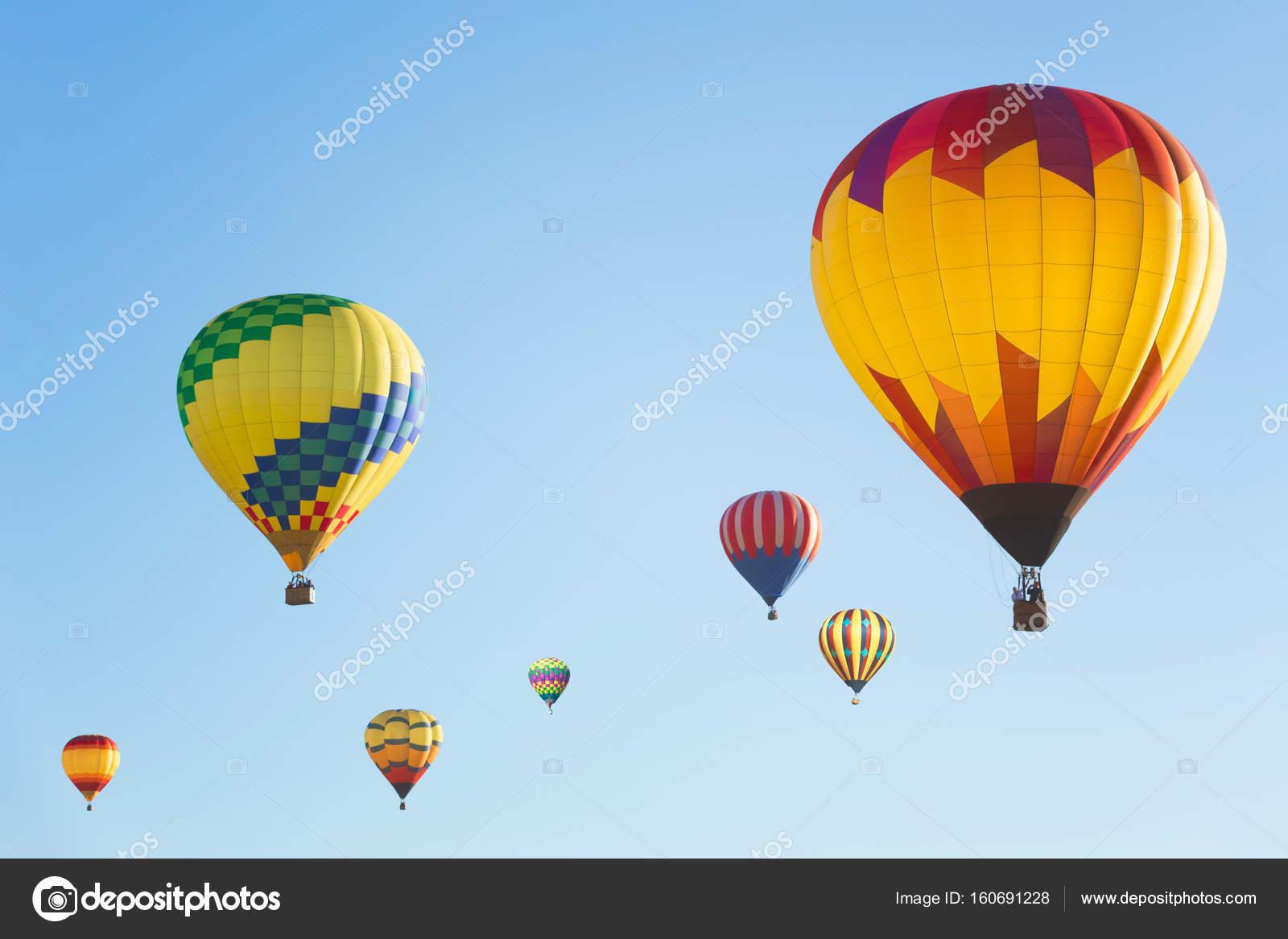 Palloni Ad Aria Calda.Multi Colorati Palloni Ad Aria Calda Foto Stock C Mblach 160691228