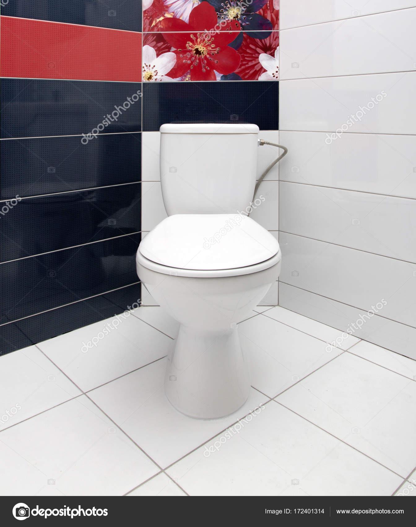 Бачок для ванной комнаты смеситель для раковины из стены купить