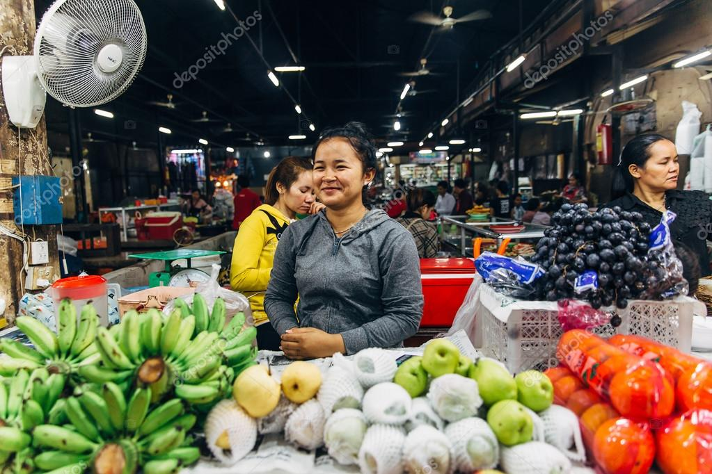 Cambodia woman in market