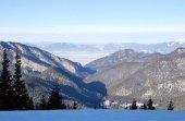 Fotografie Pohled na zasněžené hory v Vysoké Tatry z Lomnického štítu