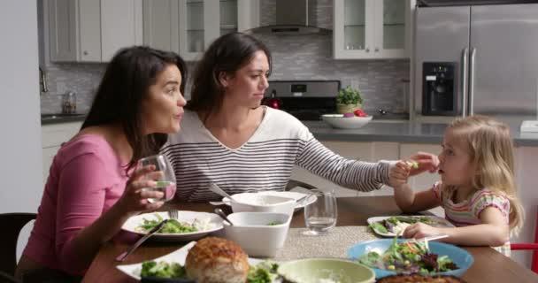 moeders en dochters lesbische Videos Ebony openbare blowjob