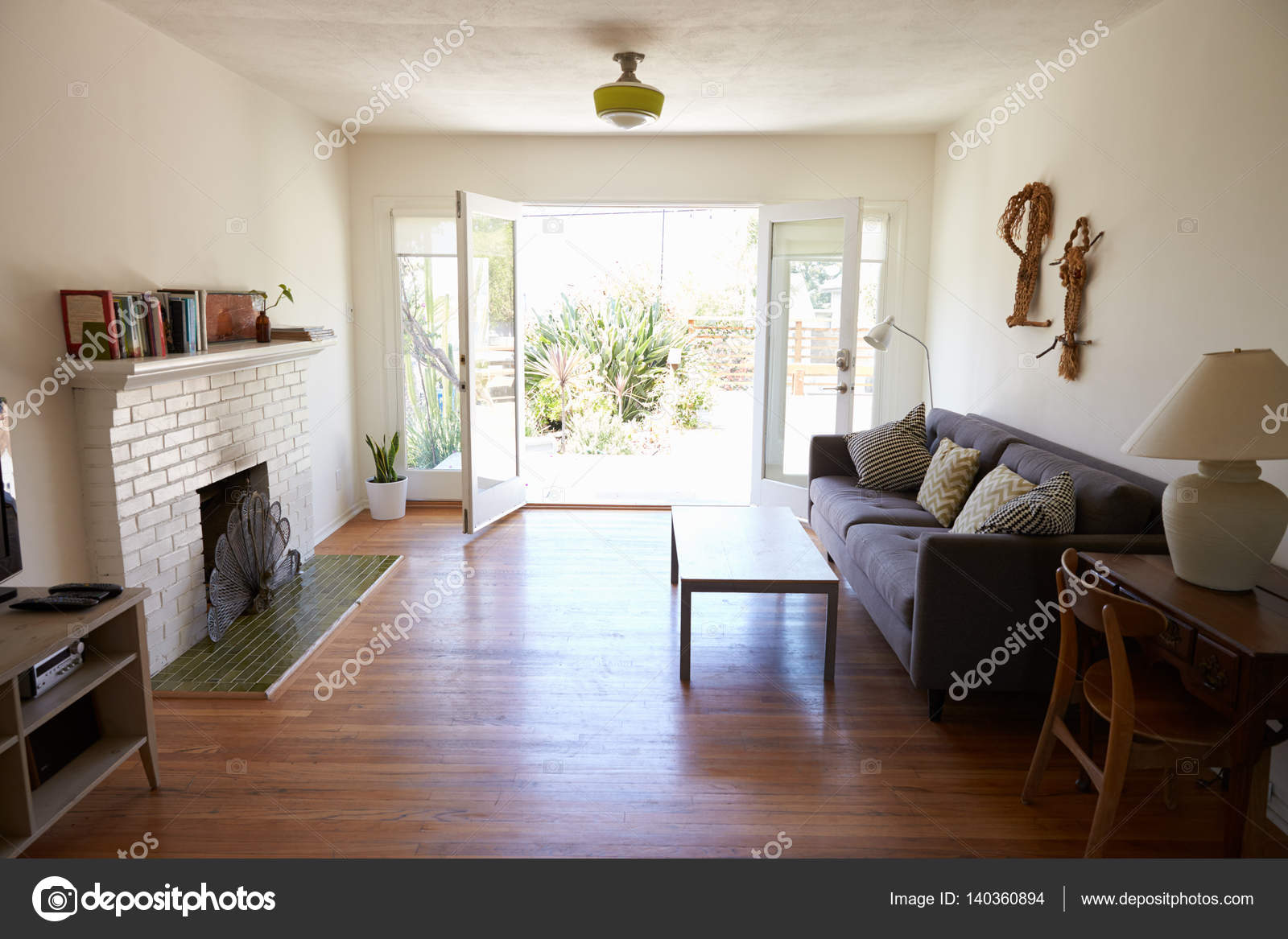 Interieur van moderne lounge u2014 stockfoto © monkeybusiness #140360894