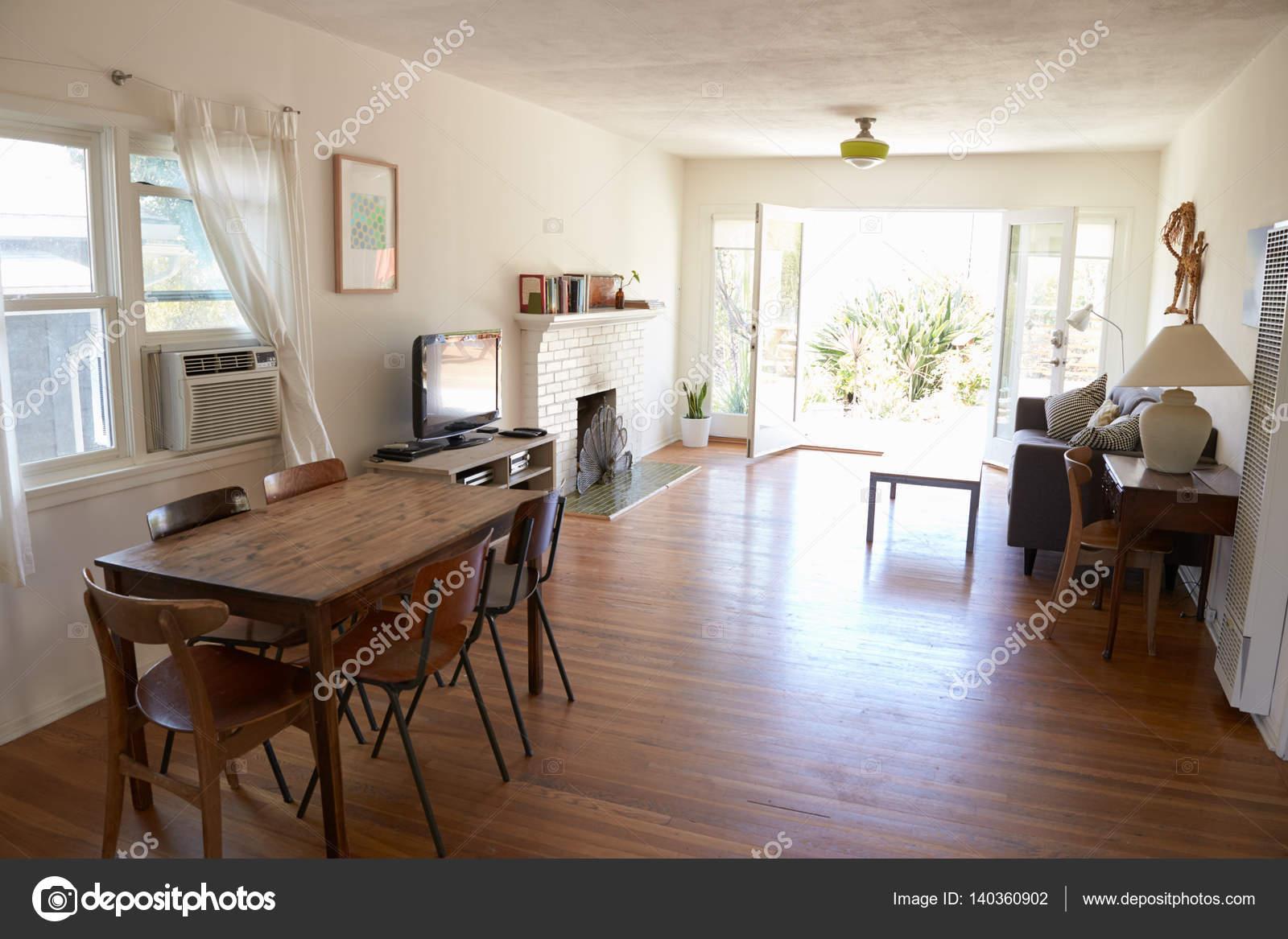 Interieur van moderne lounge u2014 stockfoto © monkeybusiness #140360902