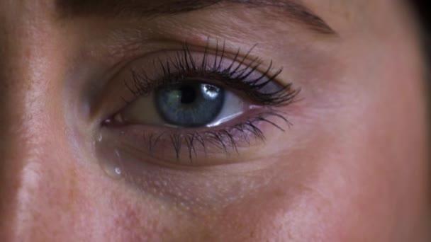 Infeliz Joven Llorar Ojos Vídeos De Stock Monkeybusiness 144753035