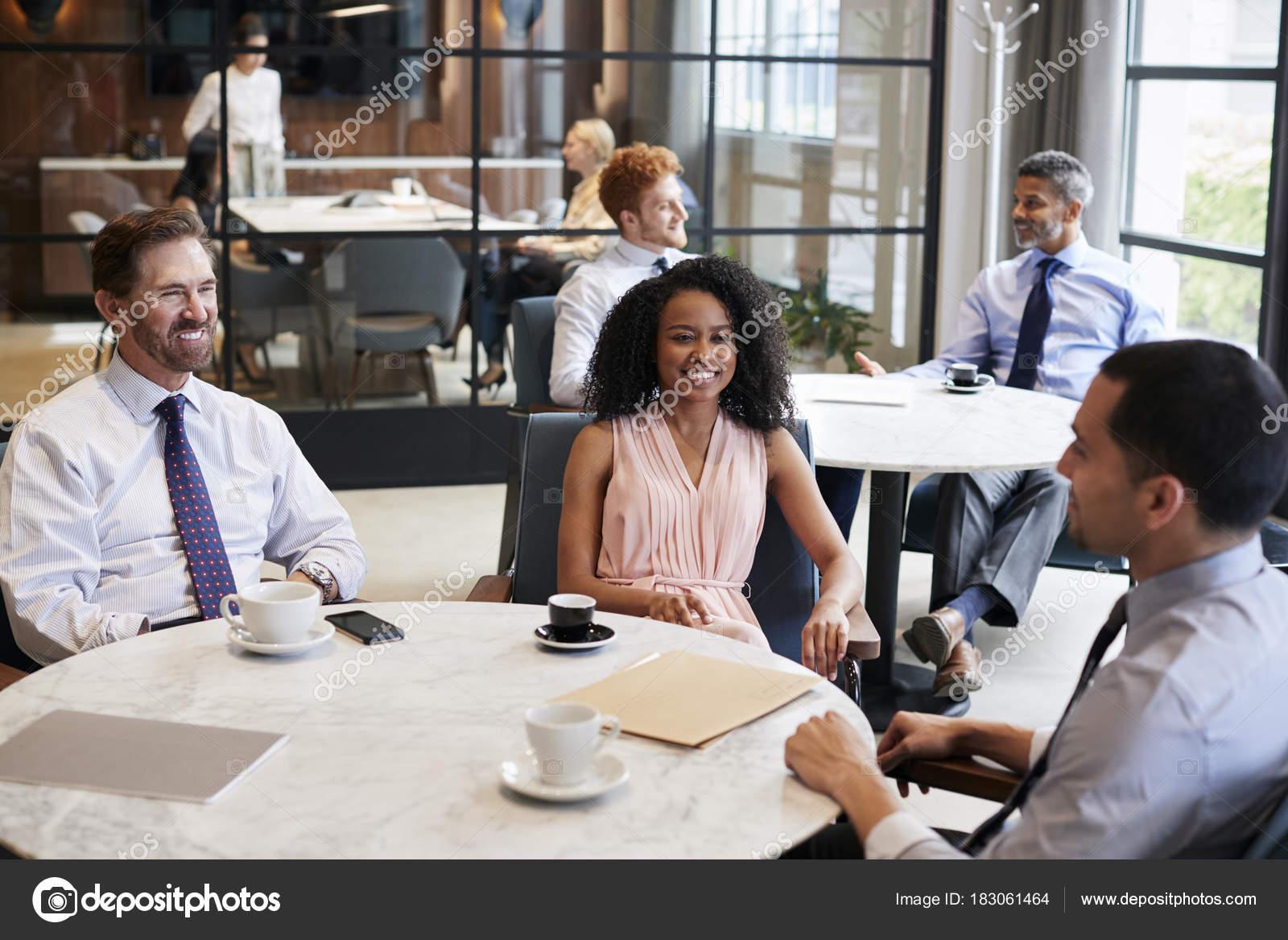 Ufficio Lavoro : Lavoro online cosa scegliere meglio l ufficio o la casa