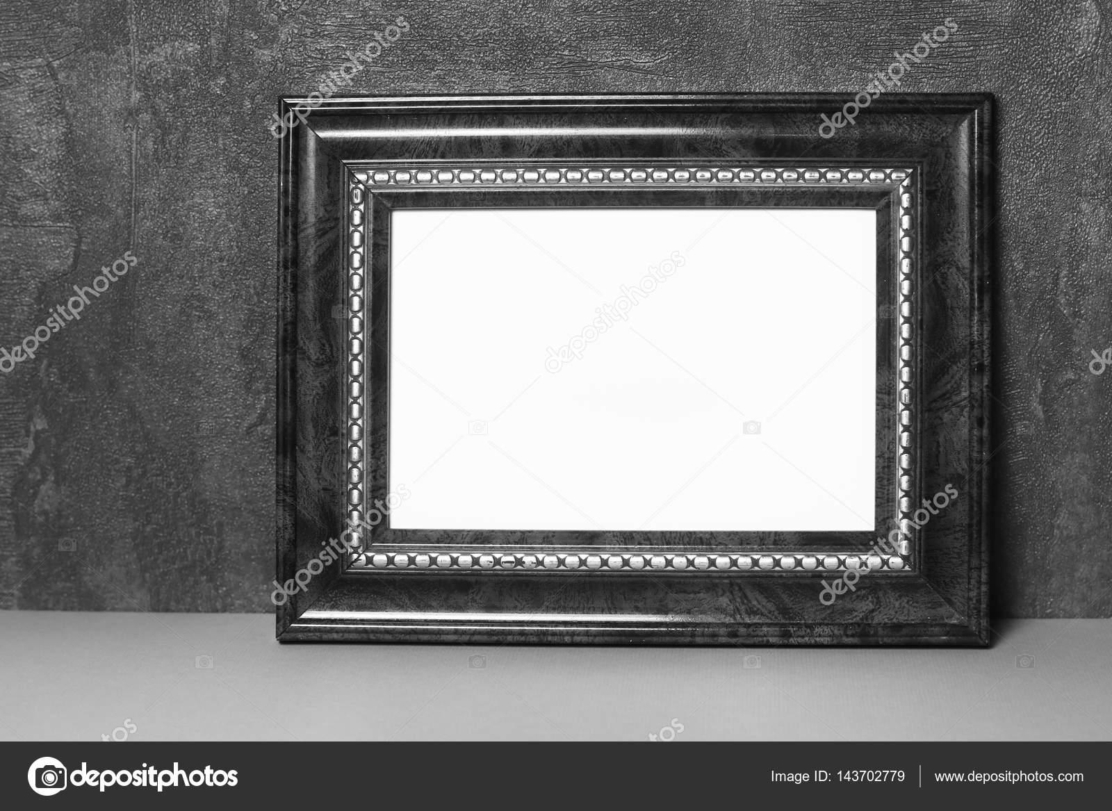 Vintage marco sobre mesa — Fotos de Stock © DigitalMagus #143702779