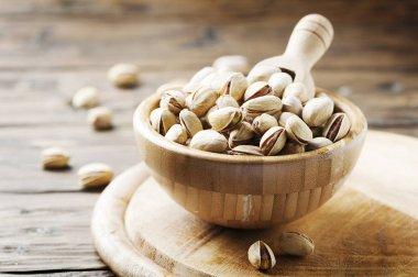 Salth pistachios in bowl