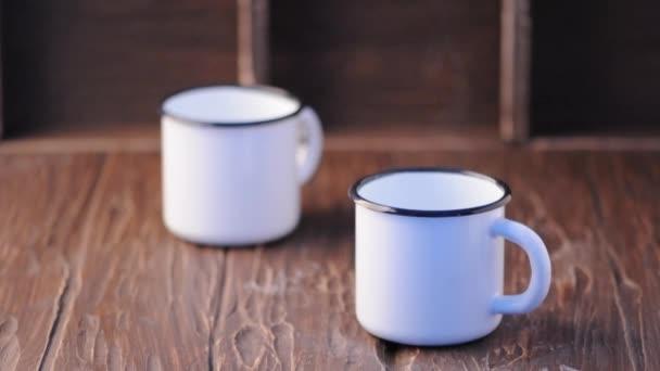 Šálek horké vody pro čaj nebo kávu