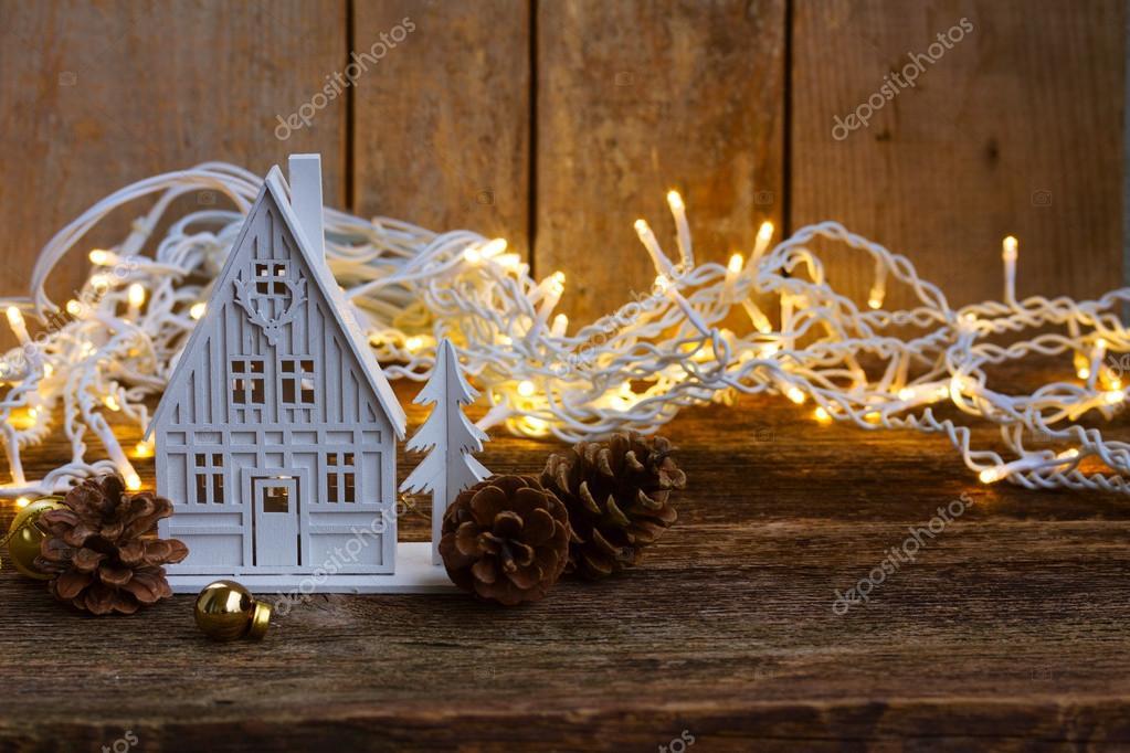 Witte Kerst Huis : Witte kerstmis huis u stockfoto neirfys