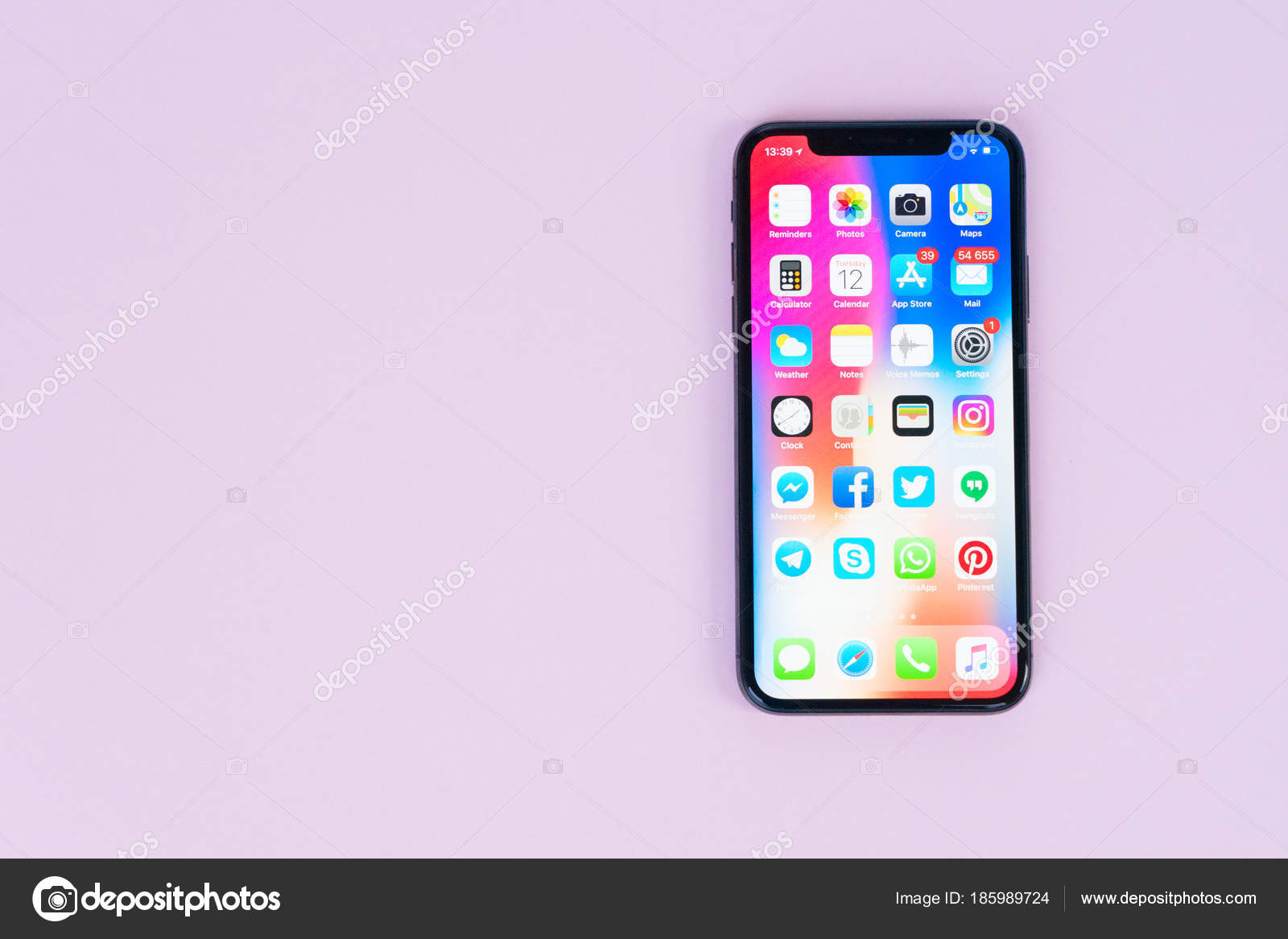 Nuovo Iphone X Foto Editoriale Stock Neirfys 185989724