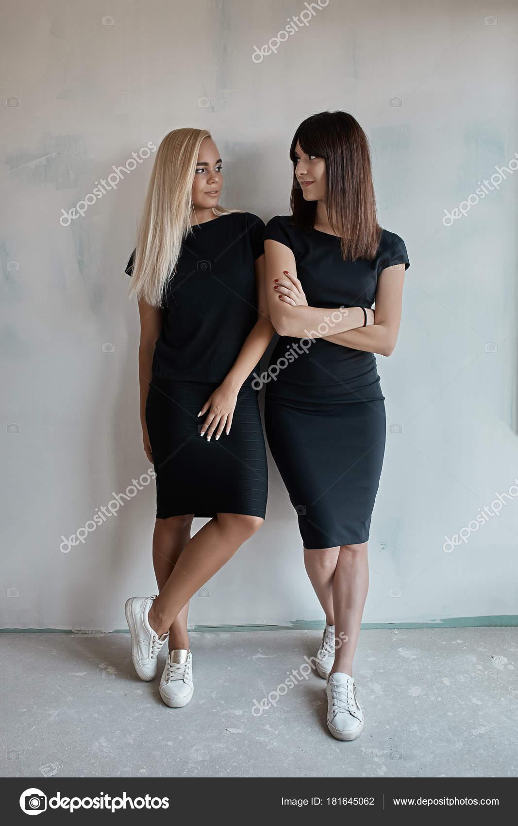 Fotos de mujeres sin vestido