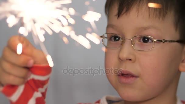 Feier von Neujahr und Weihnachten.