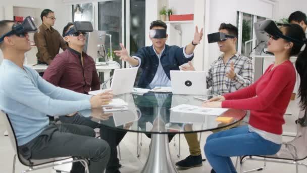 Programátoři vyzkoušet virtuální realita diváků