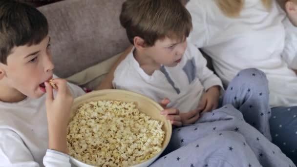 Videa z matek a synů