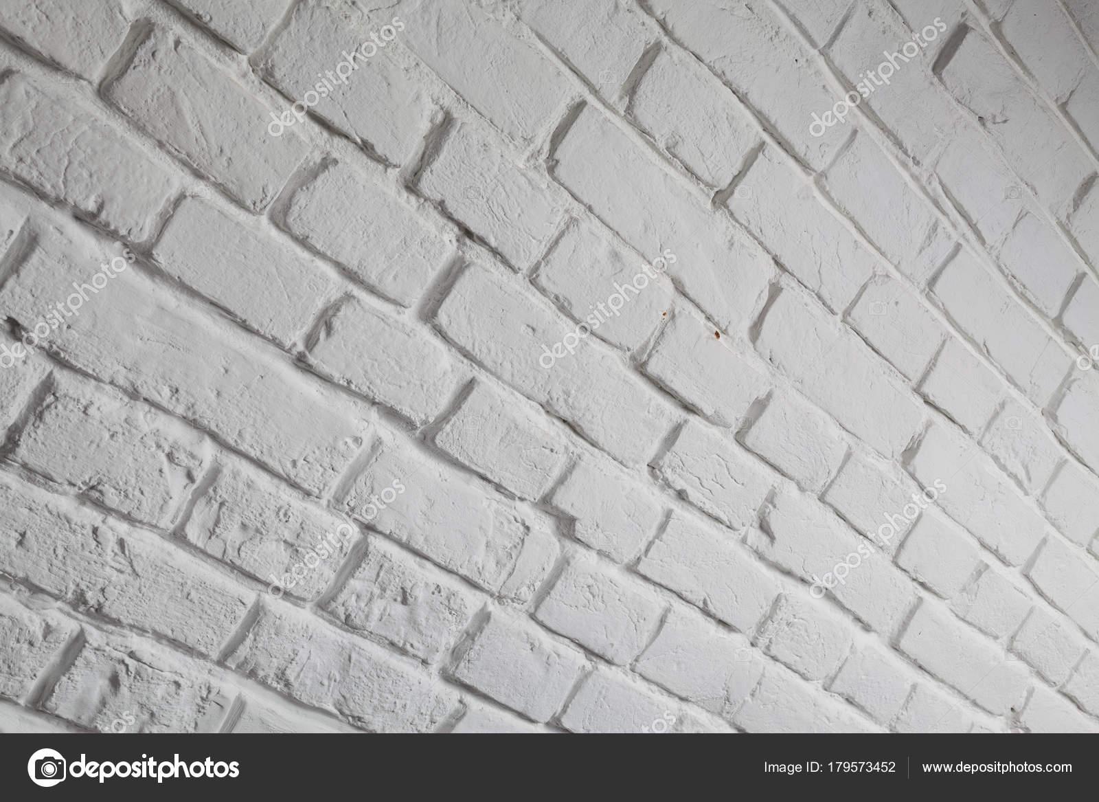 Parete mattoni bianchi trendy mattoni per interni pareti for Finti pavimenti adesivi