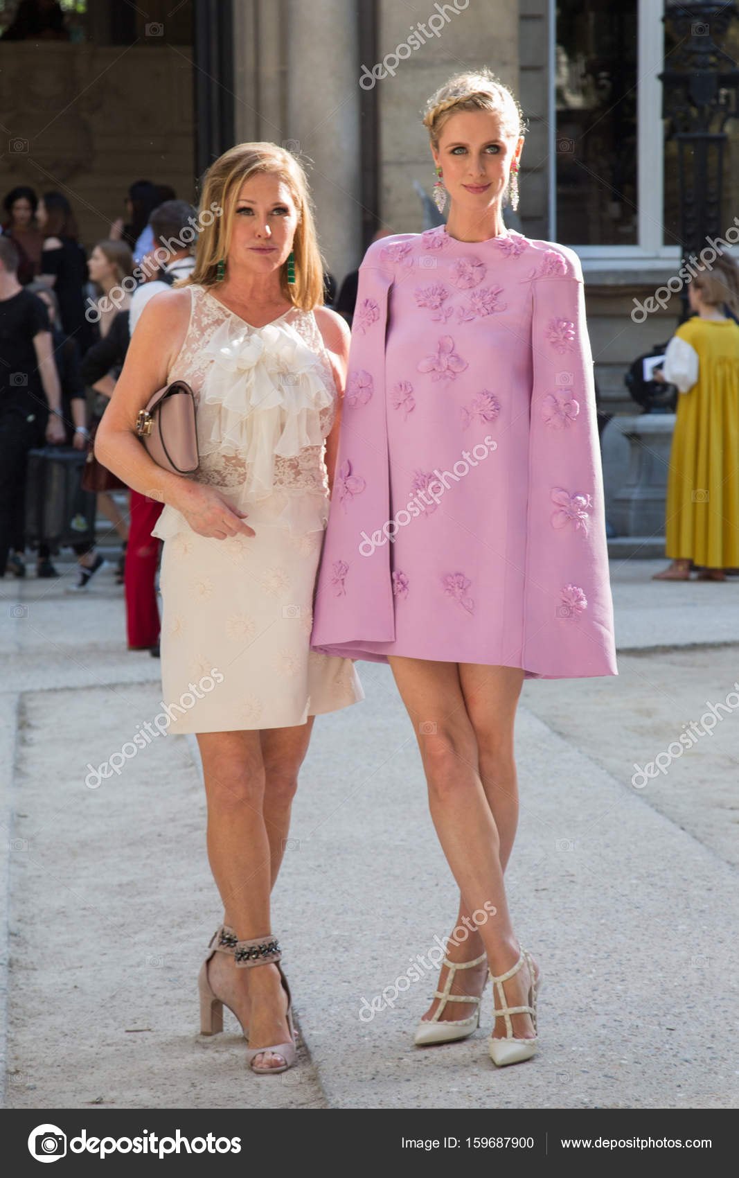 Nicky Hilton and her mother Kathy Hilton – Stock Editorial ...