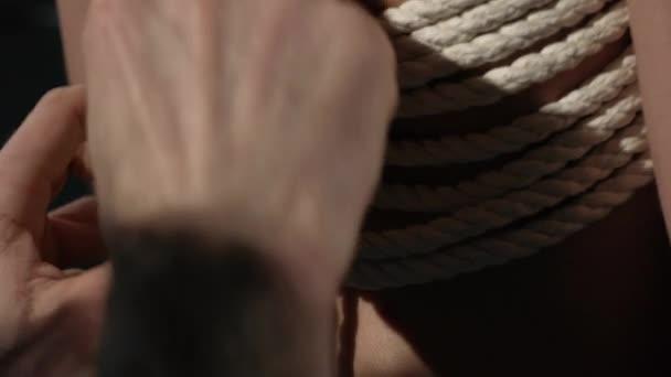 Mistra Shibari vázací lano na dívku video