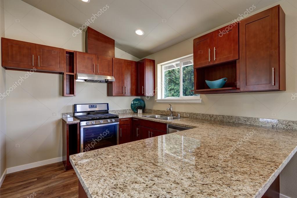 cuisine avec comptoir cheap modulaire modles de cuisine avec comptoirs cuisine comptoir moderne. Black Bedroom Furniture Sets. Home Design Ideas