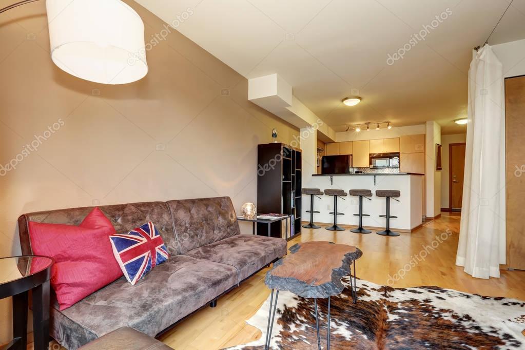 Appartement interieur met minimalistisch design u stockfoto
