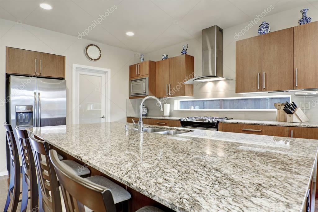 Interior de habitaci n cocina americana moderna brillante - Cocina americana fotos ...