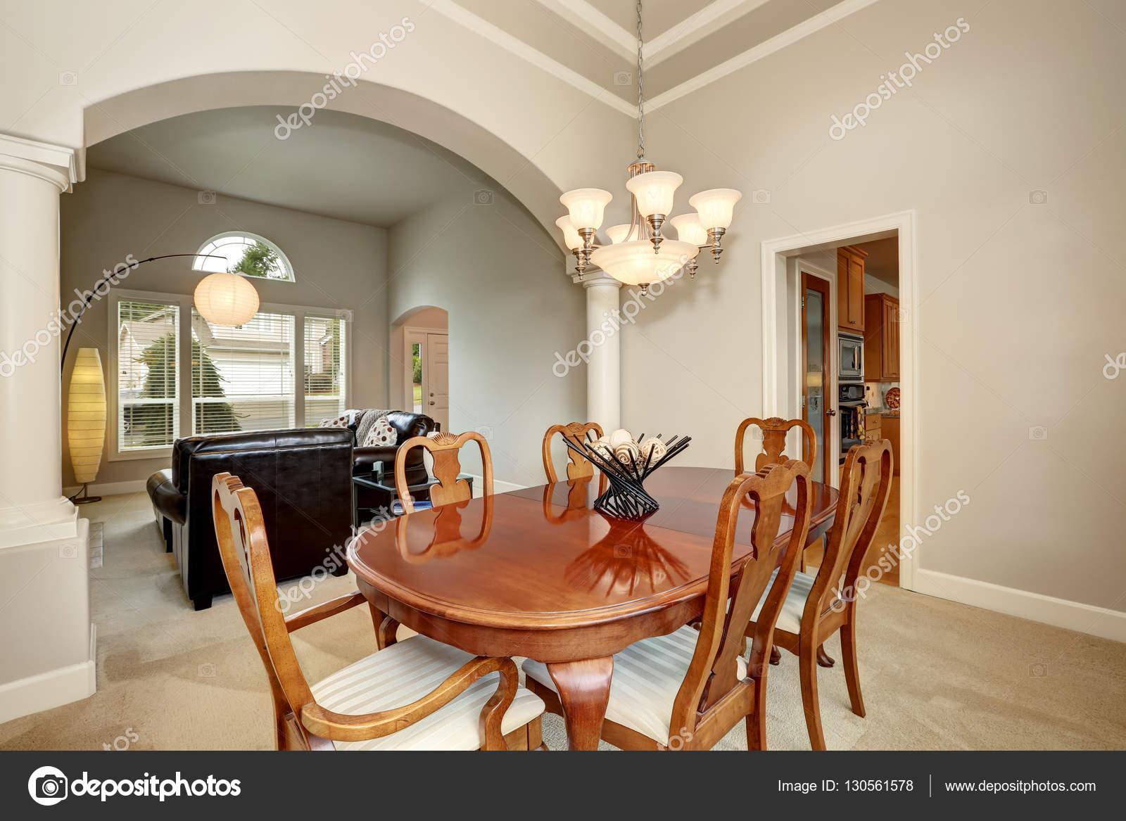 Inredning av amerikanska matbord i klassisk stil for Interiores clasicos